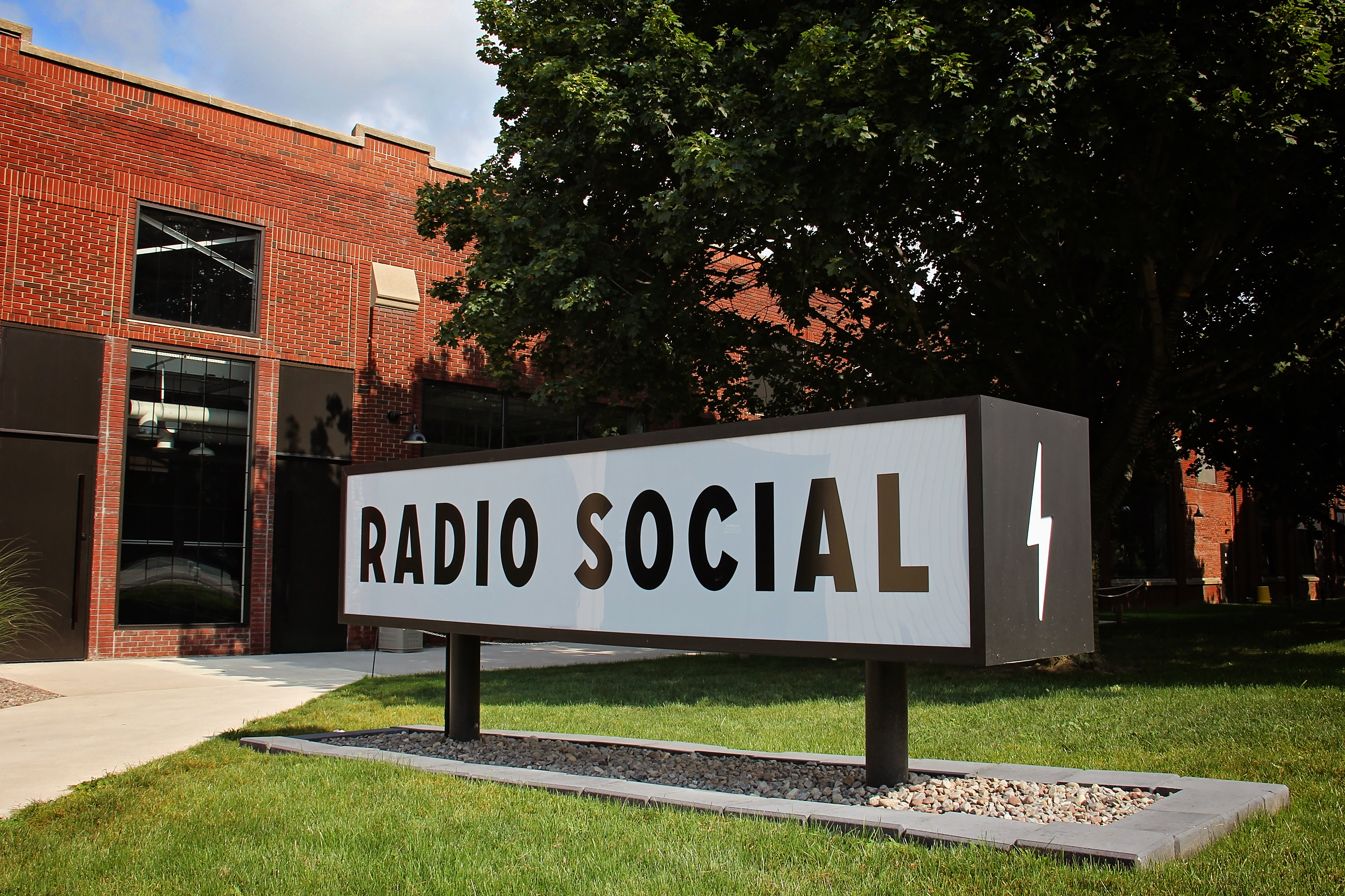 Radio Social Signage
